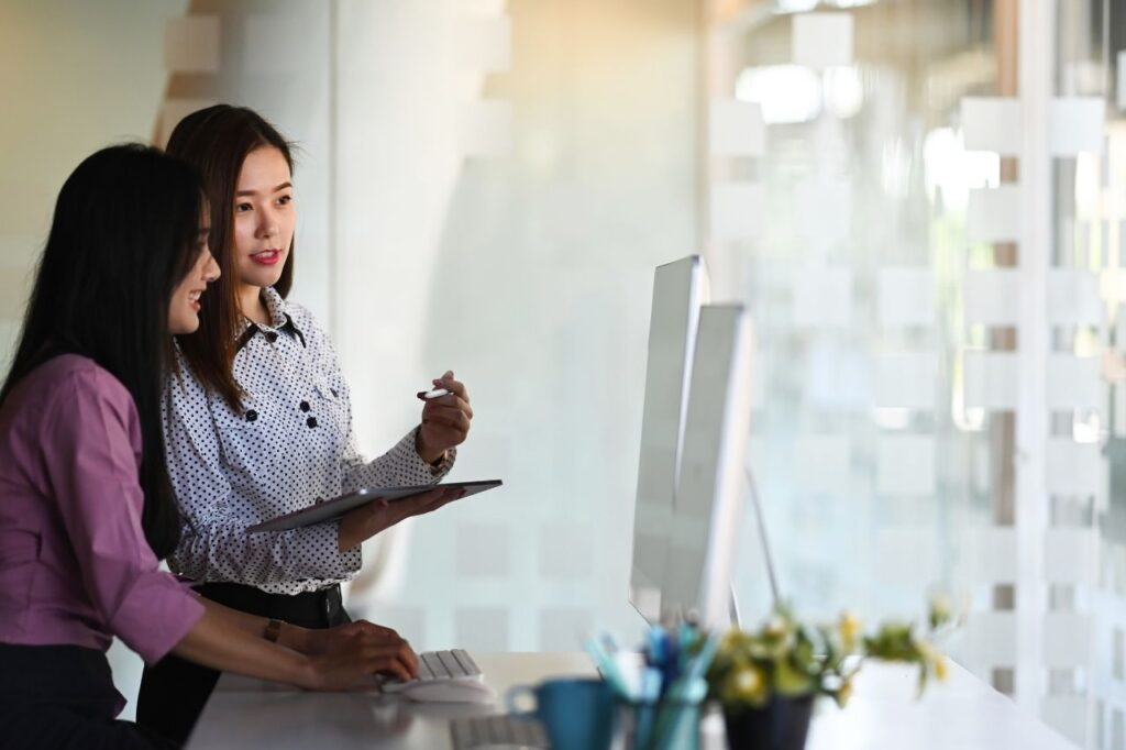 women-creative-front-end-developer